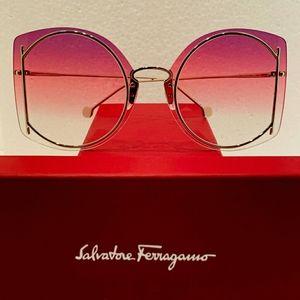 Salvatore Ferragamo Sunglasses Style SF196S